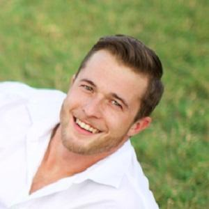 Reality Star Ethan Diamond - age: 30