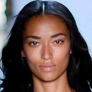 model Anais Mali - age: 30