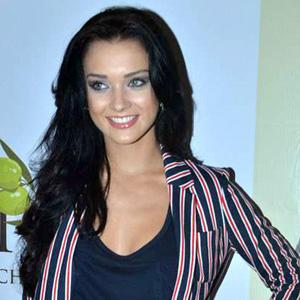 model Amy Jackson - age: 26