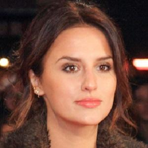 Reality Star Lucy Watson - age: 29