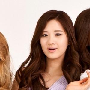 Pop Singer Joo-hyun Seo - age: 29