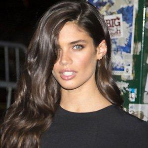 model Sara Sampaio - age: 30