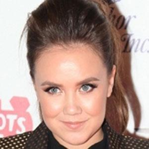 TV Actress Jennifer Veal - age: 30