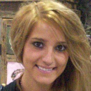 Country Singer Veronica Ballestrini - age: 25