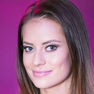 web video star Hannah Stocking - age: 29