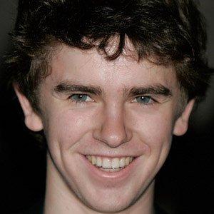 Movie Actor Freddie Highmore - age: 26