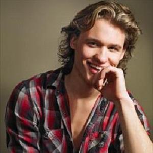 TV Actor Dylan Playfair - age: 29
