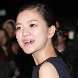 Movie actress Go Ah-sung - age: 29