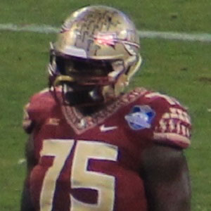 Football player Cameron Erving - age: 24