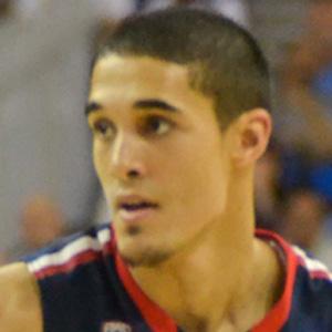 Basketball Player Nick Johnson - age: 24
