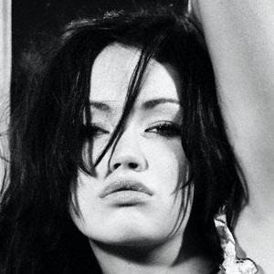 model Ella Cole - age: 24