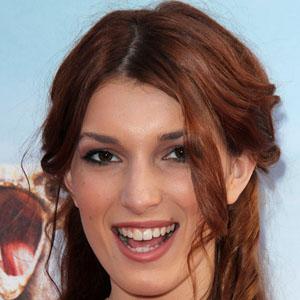 TV Actress Dani Thorne - age: 24
