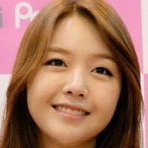 Pop Singer Bang Minah - age: 28