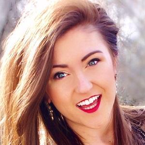 web video star Sarah Belle - age: 28
