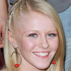 Pop Singer Hollie Cavanagh - age: 23