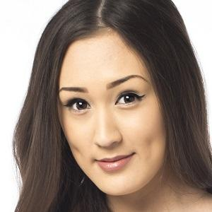 web video star Lauren Riihimaki - age: 27