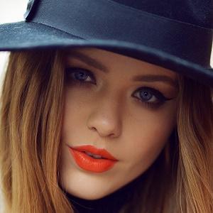 web video star Kristina Bazan - age: 27