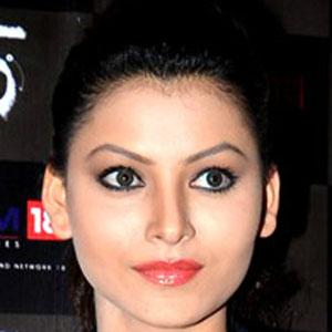 model Urvashi Rautela - age: 23