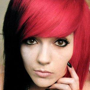 web video star Leda Muir - age: 26