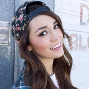 web video star Mercades Danielle - age: 22