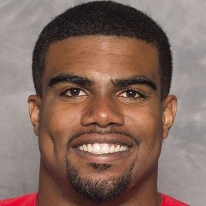 Football player Ezekiel Elliott - age: 25
