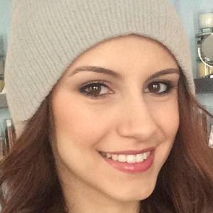 web video star Ashley Elizabeth - age: 25