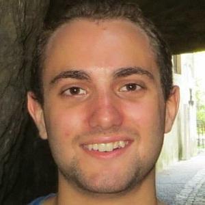 web video star Stephen Dicillo - age: 25