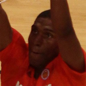 Basketball Player Kevon Looney - age: 24