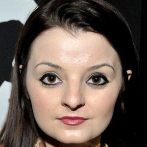 TV Actress Dakota Hood - age: 24