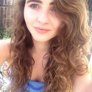 Family Member Sarah Carpenter - age: 21