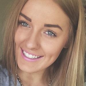 web video star Tash Catlin - age: 20