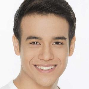 TV Actor Keith Thompson - age: 23