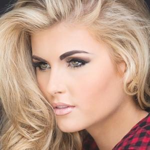 model Kellie Stewart - age: 19