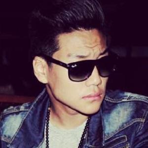 web video star Alexander Rai - age: 19