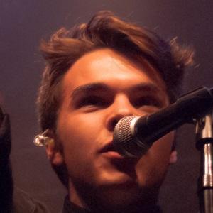 Rock Singer Grayson Dewolfe - age: 19