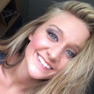 web video star Tasia Alexis - age: 23