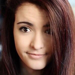 web video star Farrah Alyse - age: 18
