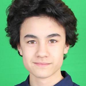web video star ZexyZek - age: 18