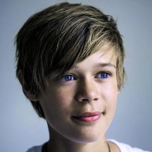 web video star Benjamin Lasnier - age: 22