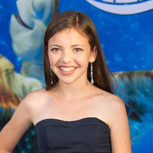 TV Actress Kelly Gould - age: 21