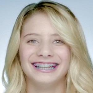 Skateboarder Alana Smith - age: 16