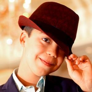 Pianist Ethan Bortnick - age: 16