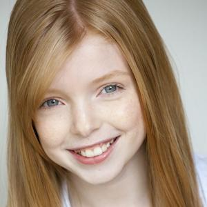 TV Actress Mackenzie Smith - age: 19