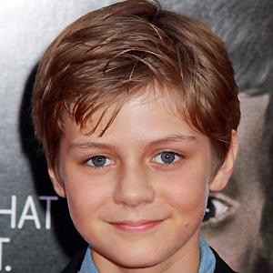 Movie Actor Ty Simpkins - age: 19