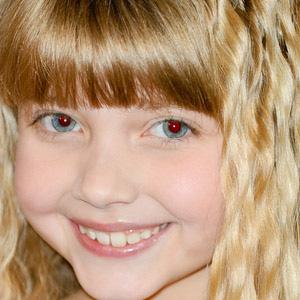 Soap Opera Actress Samantha Bailey - age: 19