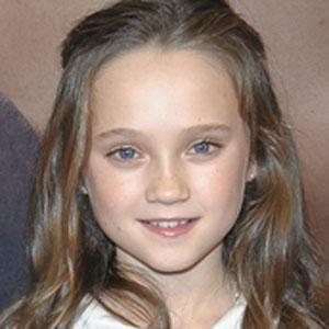 Movie actress Isabelle Allen - age: 19