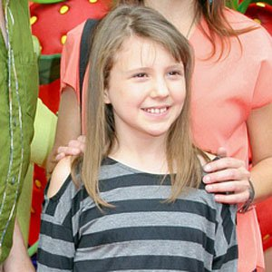 TV Actress Alina Foley - age: 17