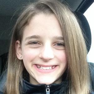 web video star Sydnastical - age: 17