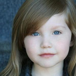 TV Actress Ella Anderson - age: 12
