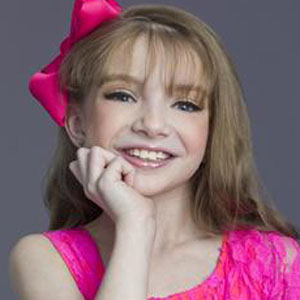 Dancer Sarah Hunt - age: 12